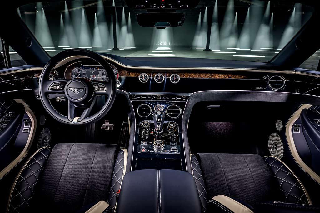 Bentley Continental GT Speed Convertible: топовый Континенталь в кузове кабриолет
