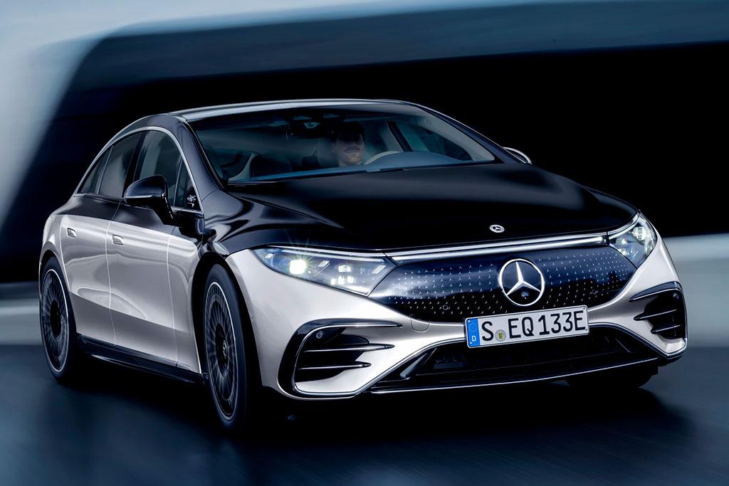 Mercedes-Benz EQS: премиальный электрический лифтбек