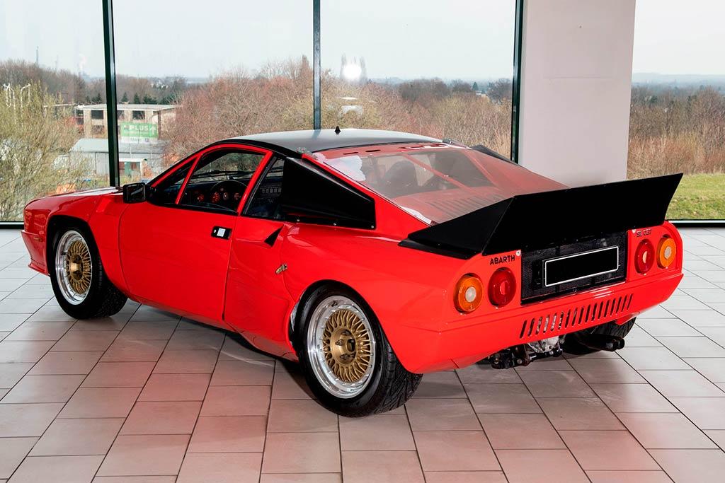 С молотка пустят прототип Lancia 037: это самый первый экземпляр болида Group B
