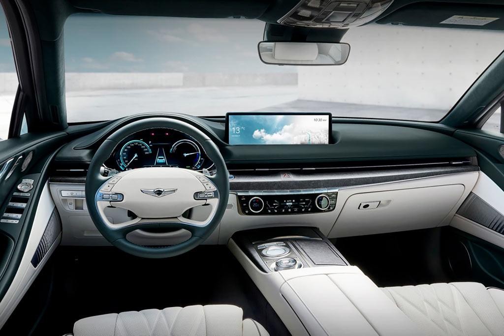 В Шанхае представили электрический вариант седана Genesis G80