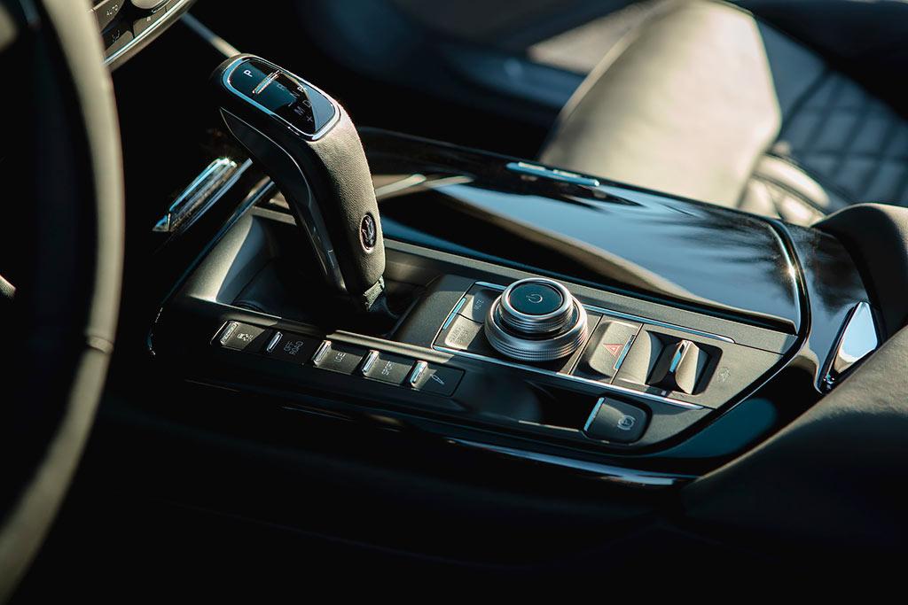 Maserati Levante Hybrid: первый гибридный кроссовер итальянской марки