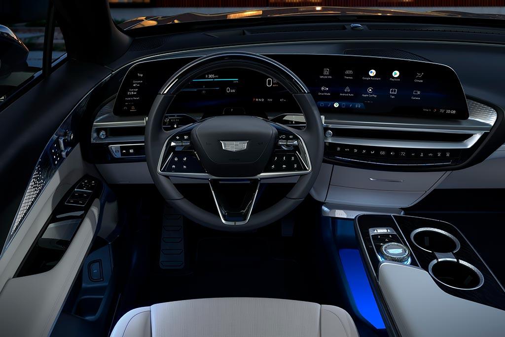 Кроссовер Cadillac Lyriq стал первым электрокаром американской марки