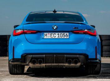 BMW M4 xDrive
