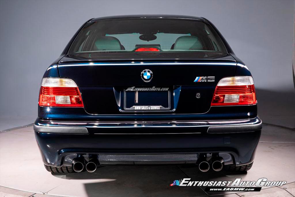 BMW M5 2003 года продали за ₽15,2 млн: однако в будущем ценник продолжит расти