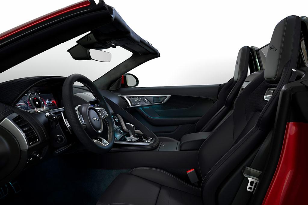 Jaguar F-Type R-Dynamic Black