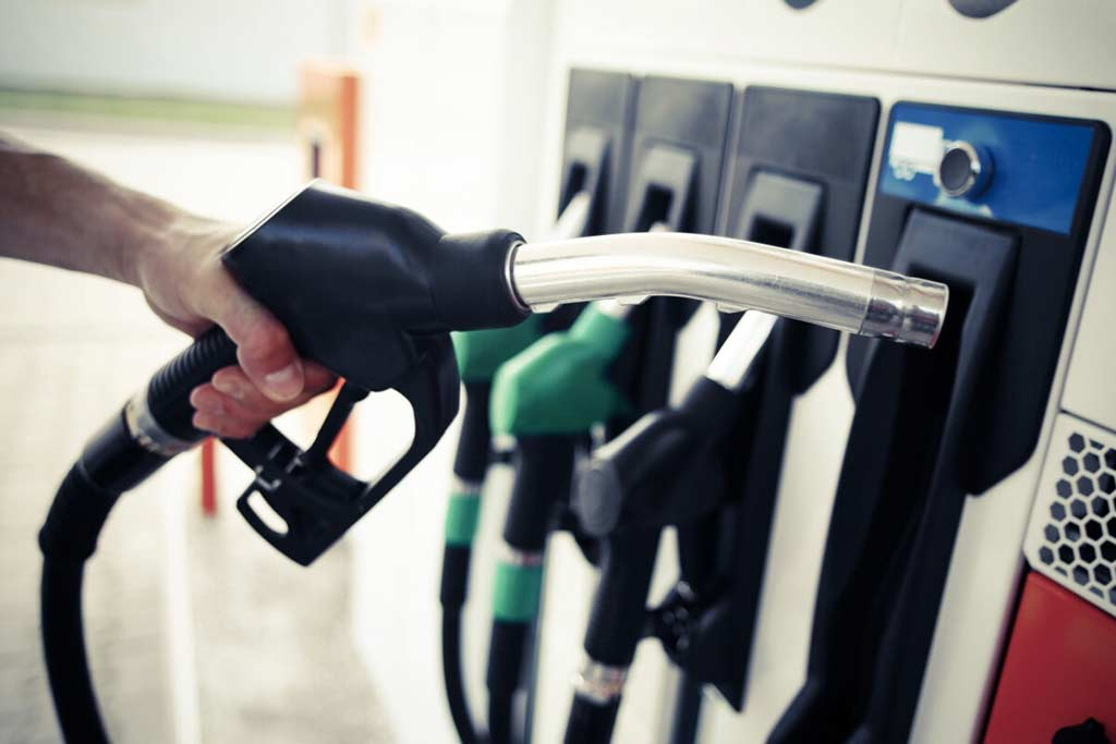 В Минэнерго объяснили, почему цена бензина должна быть на 5 рублей выше