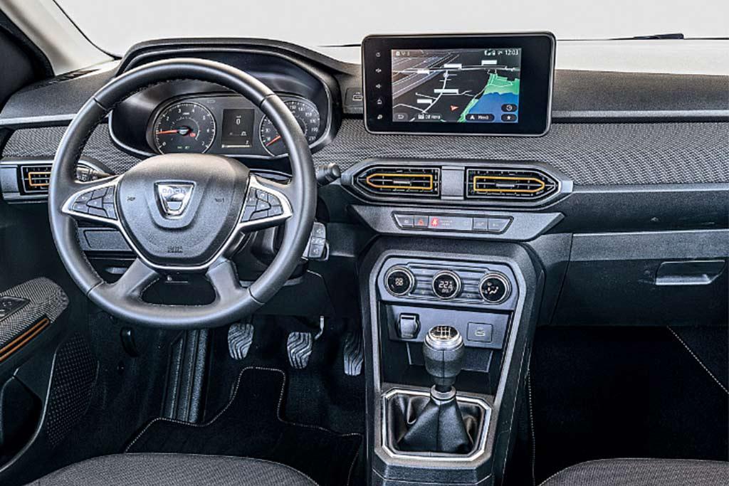 Новый Sandero Stepway «обрулил» более породистые VW Golf и Audi A3