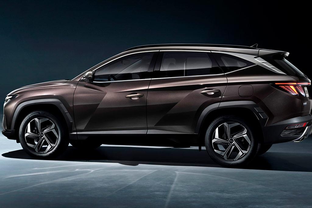 Hyundai Tucson L: немного растянутый вариант кроссовера для Китая