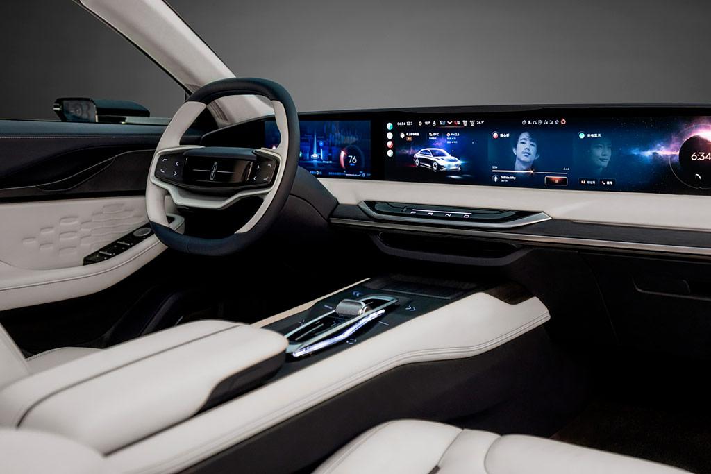 В Китае представлен большой седан Lincoln Zephyr Reflection