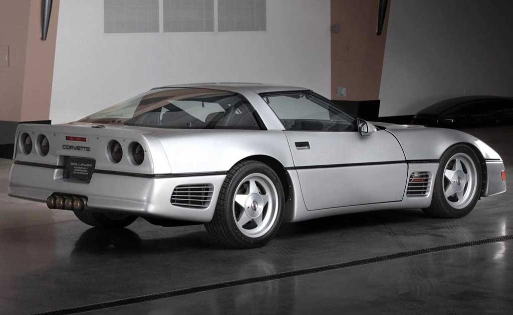 Corvette Callaway SledgeHammer: в 1988 году эта машина разогналась до 410 км/ч