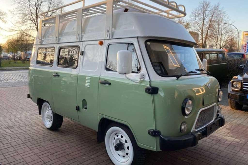 Очередная «Буханка» за 3 млн рублей: машину продают в Берлине