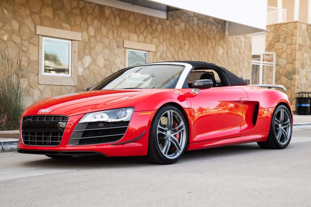 На торги выставили Audi R8 GT Spyder автогонщика Бобби Рэйхола