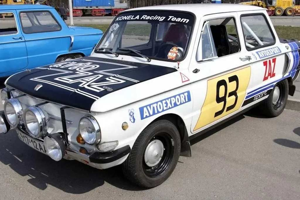 Старый «Запорожец» подготовили для участия в ралли и разогнали до 140 км/ч