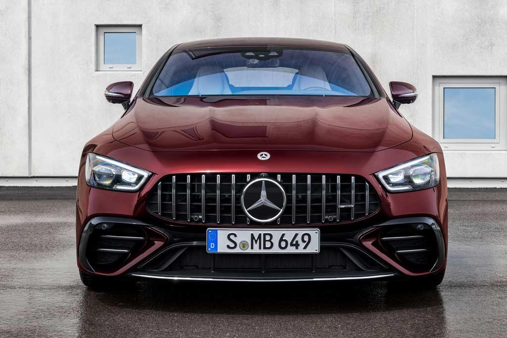 Немцы слегка обновили Mercedes-AMG GT 4-door Coupe: пока только версии 43 и 53