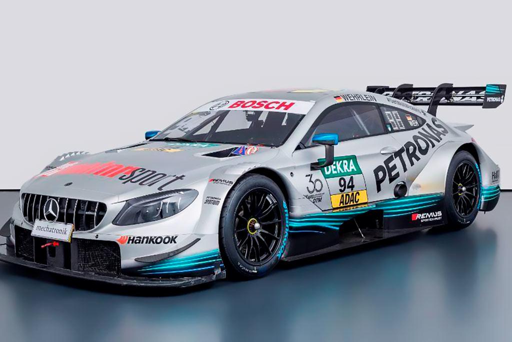 Mercedes по цене Bugatti: в продаже гоночный C63 не первой свежести