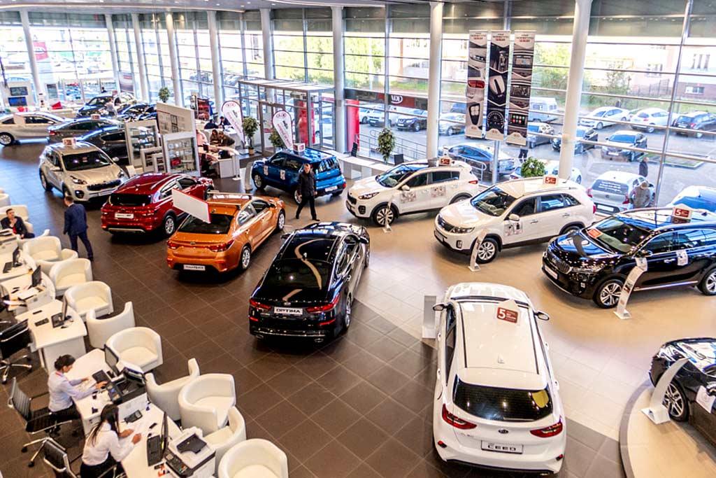 Автомобили продолжат дорожать во всем мире: причин тому сразу несколько