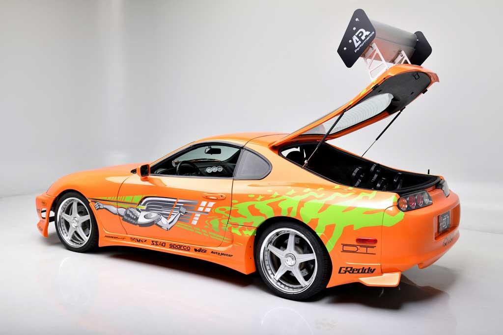 Toyota Supra из первого «Форсажа» продали с молотка за 40 млн рублей