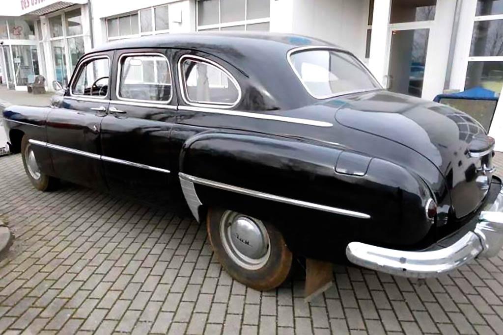 Простоял 40 лет в гараже: в германии продают советский ГАЗ-12 ЗИМ 1952 года