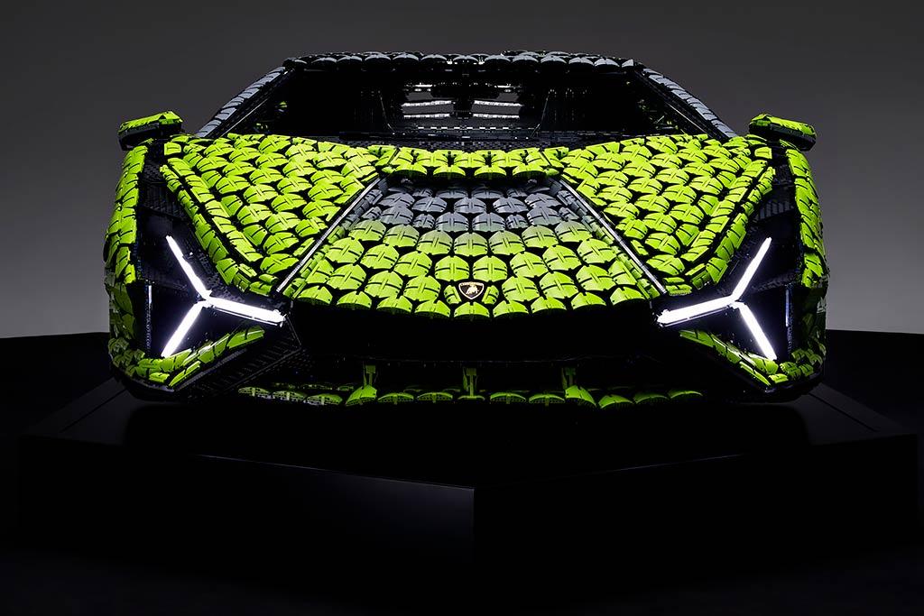 Полноразмерный Lamborghini Sian из Lego: 400 000 деталей и более 8 600 часов работы